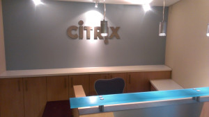 Media Lounge Jensch Citrix Empfang_Rockfon_Akustikdecke
